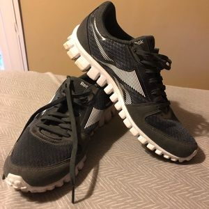 *** price drop !!! *** Reebok - Running Shoes